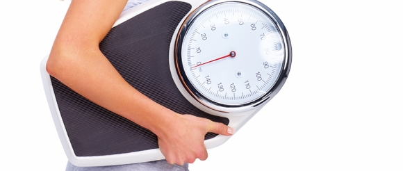 Occhio alla bilancia: ridurre il peso allontana artrite e artrosi
